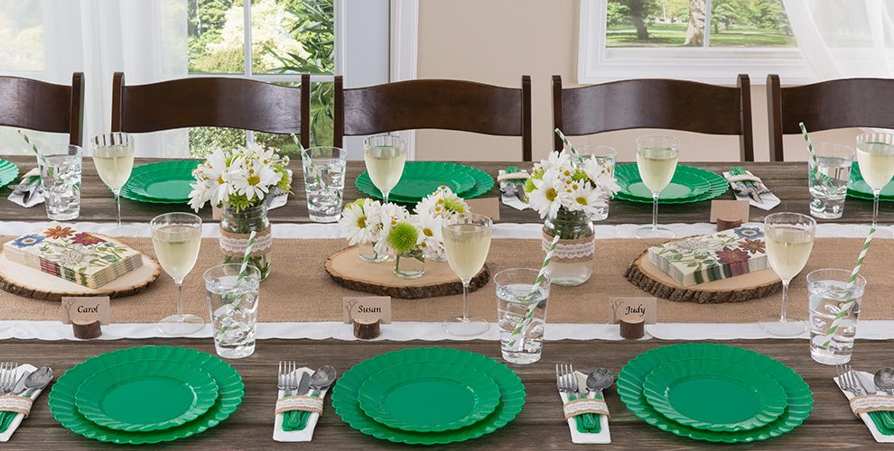 Festive Green Solid Color Tableware