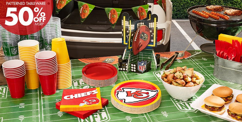 Patterned Tableware 50%off MSRP — NFL Kansas City Chiefs Party Supplies