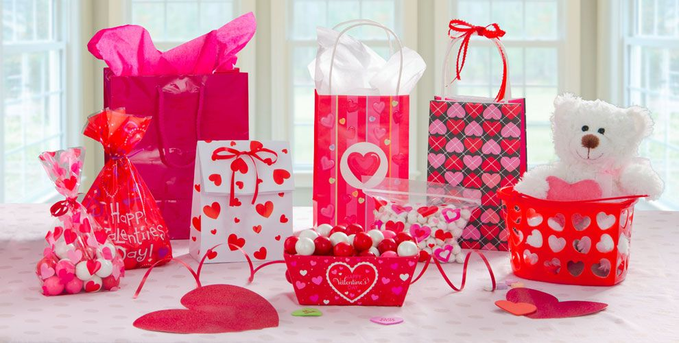 Valentine's Day Gift Bags and Wrap