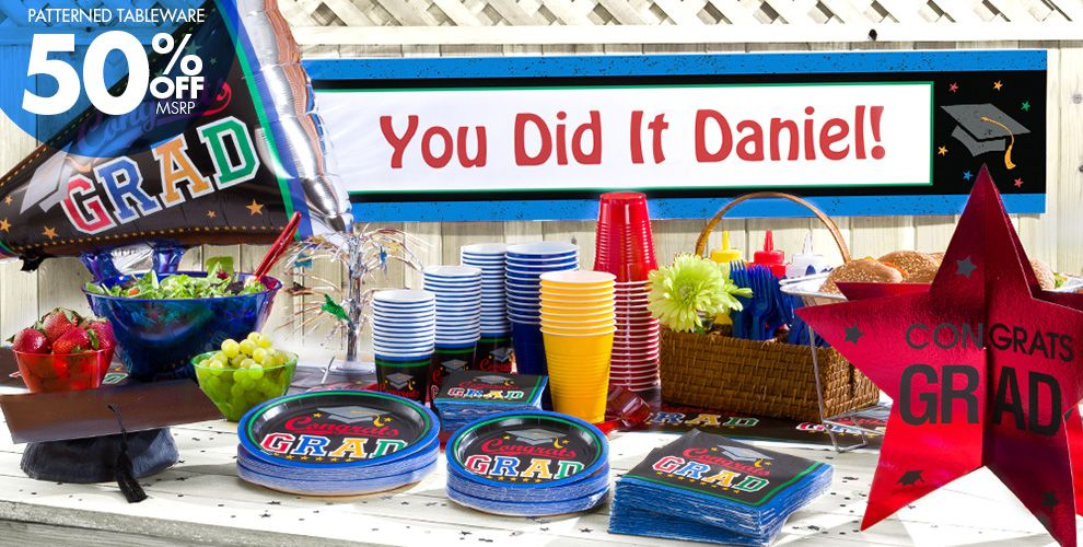 Patterned Tableware 50% off MSRP — Made the Grade Graduation Party Supplies