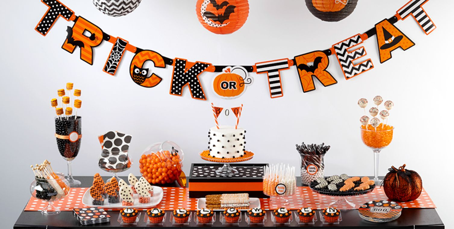 Modern Halloween Party Supplies