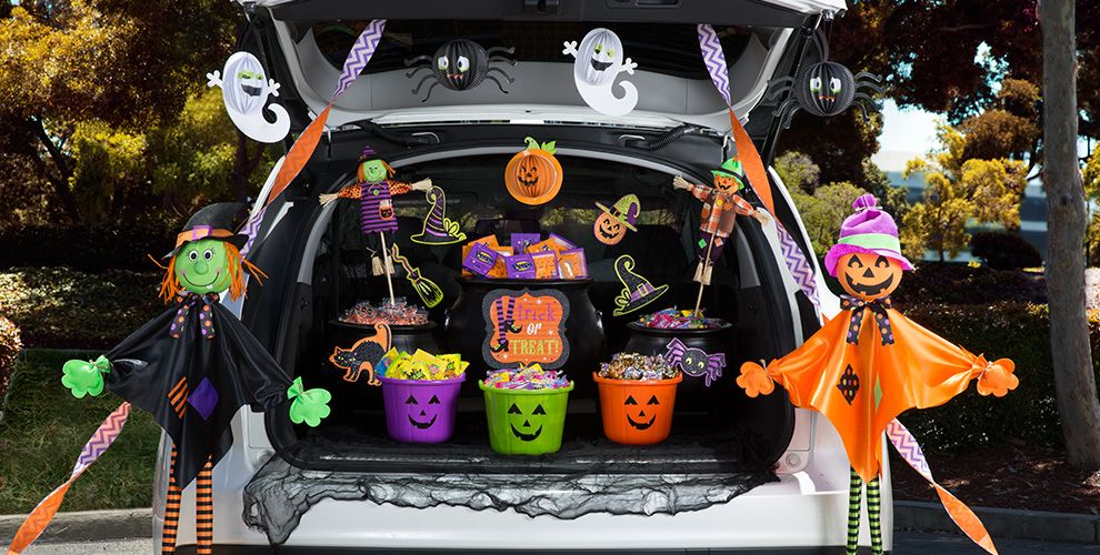 Halloween Treat Bags & Buckets