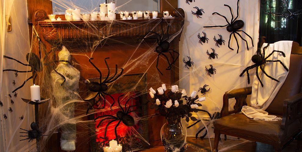 Giant Spiders & Spider Webs Halloween Decorations #1