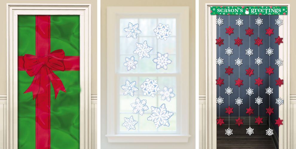 Christmas door decorations door curtains christmas for Baby shower front door decoration ideas