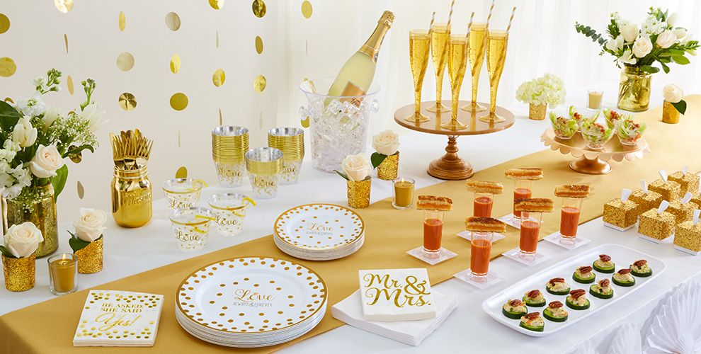 White Patterned Tableware 50% Off MSRP