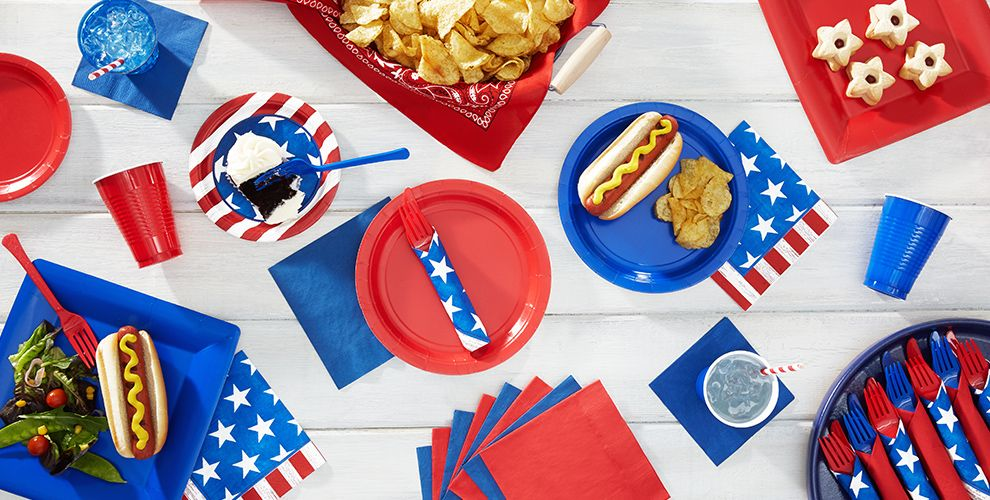 Patterned Tableware 50% off MSRP — Americana Patriotic Party Supplies