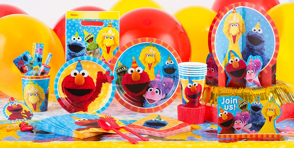 Patterned Tableware 50% off MSRP — Sesame Street Party Supplies #1