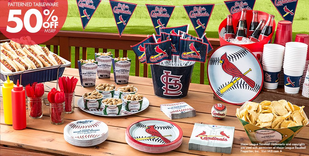 Patterned Tableware 50% off MSRP — MLB St. Louis Cardinals Party Supplies