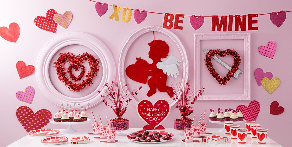 valentine 39 s day decorations party city. Black Bedroom Furniture Sets. Home Design Ideas