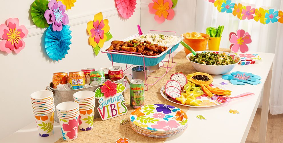 Patterned Tableware 50% off MSRP — Hibiscus Party Theme