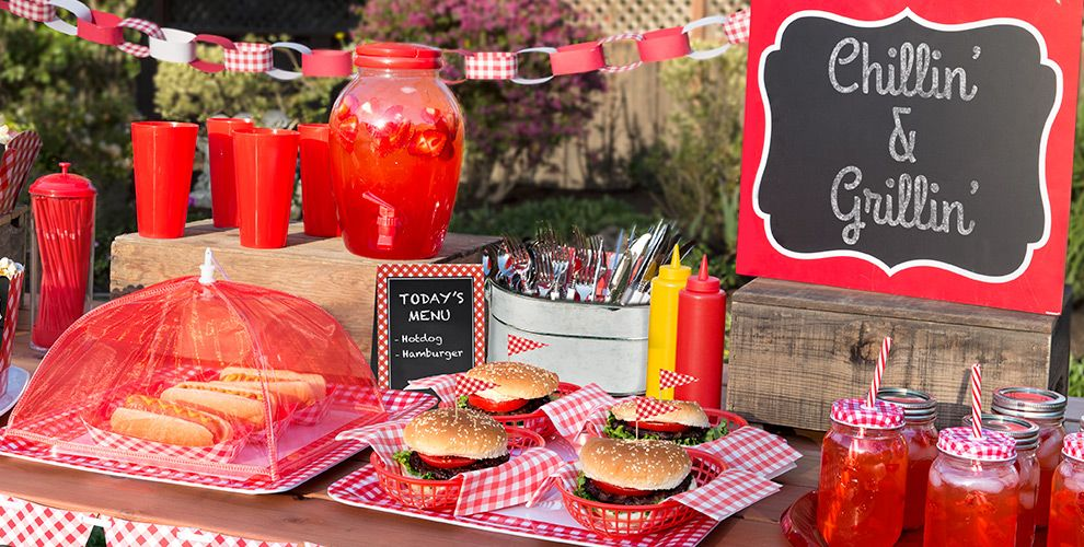 Picnic party theme picnic themed party supplies party city for Summer white party ideas