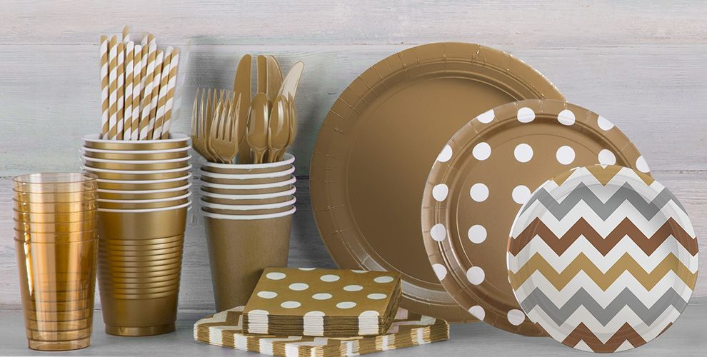 Patterned Tableware 50% off MSRP — Gold Polka Dot Party Supplies