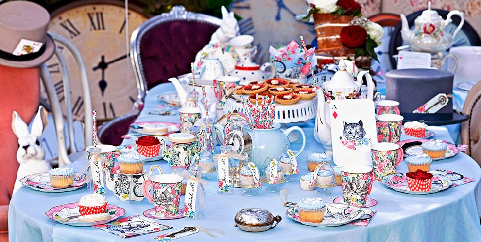 Alice in Wonderland Party Supplies