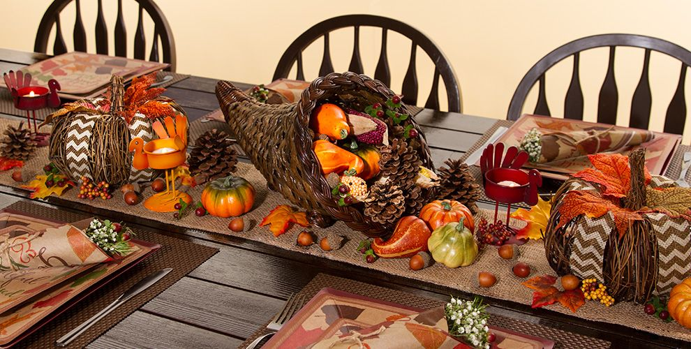 Thanksgiving Table Decorations - Thanksgiving Table Decor | Party ...