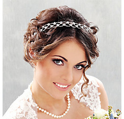 Bridal Accessories - Wedding Tiaras & Bridal Veils | Party City