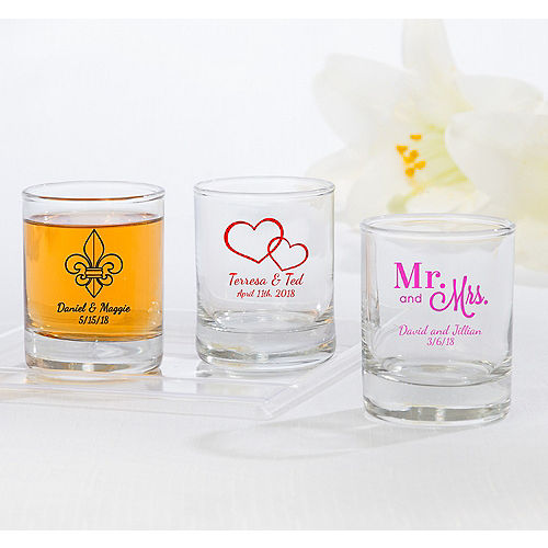 df0b324c0a1 Personalized Glassware | Personalized Tableware | Party City