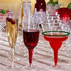 Christmas Drinkware: Cups, Stemware & More