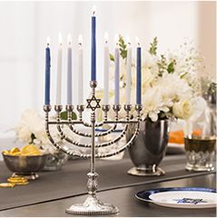 Menorahs & Hanukkah Candles